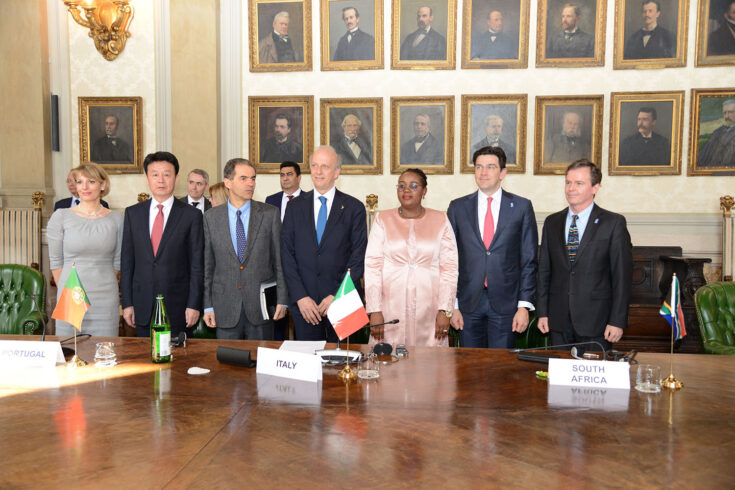 The UKs Ambassador to Italy Jill Morris signed the SKAO Convention in Rome in March 2019.