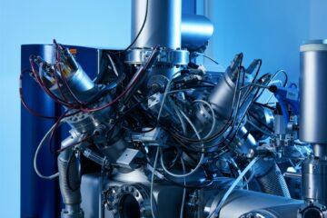 Medicine manufacturing equipment