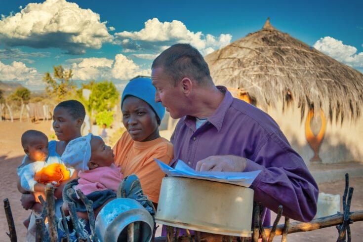 Humanitarian aid, helping a rural family